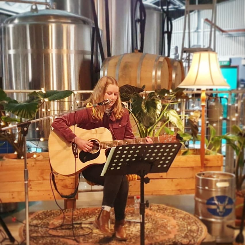 Mark Leske live music at Lucky Bay Brewing